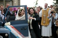 'Game of Thrones' Co-Stars Kit Harington and Rose Leslie Wed in Scotland