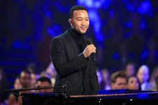 John Legend Performs Moving Rendition Of U2's 'Pride' at 2018 People's Choice Awards: Watch