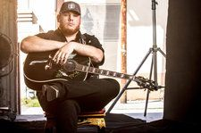 Luke Combs Leads Top Country Albums Chart With 'The Prequel' EP