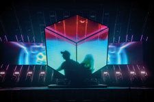 Deadmau5 Reveals How He Coded His Own Tour