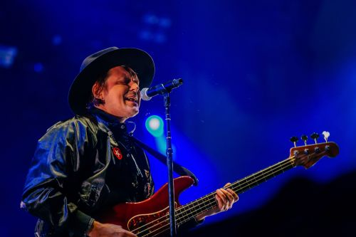 """Watch Arcade Fire Play """"Half Light I"""" Live For The First Time"""