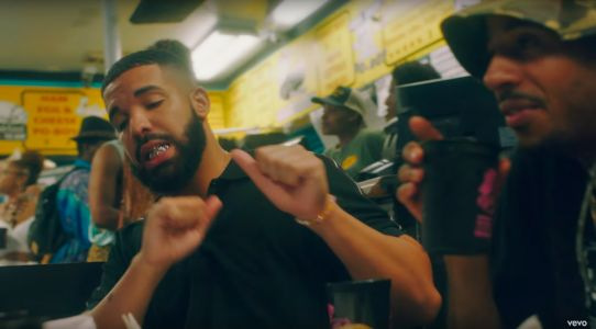 "Drake Brings ""In My Feelings"" to New Orleans For a Mass InMyFeelings Challenge"